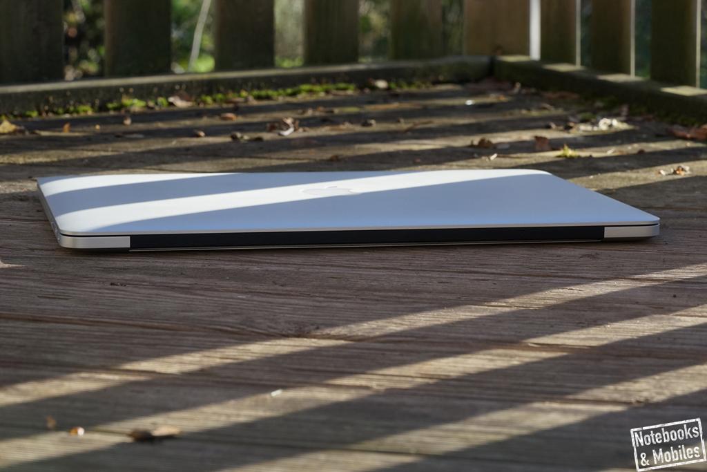 """Apple 15"""" MacBook Pro Retina: Das Unibody-Gehäuse ist sehr stabil und passgenau verarbeitet."""