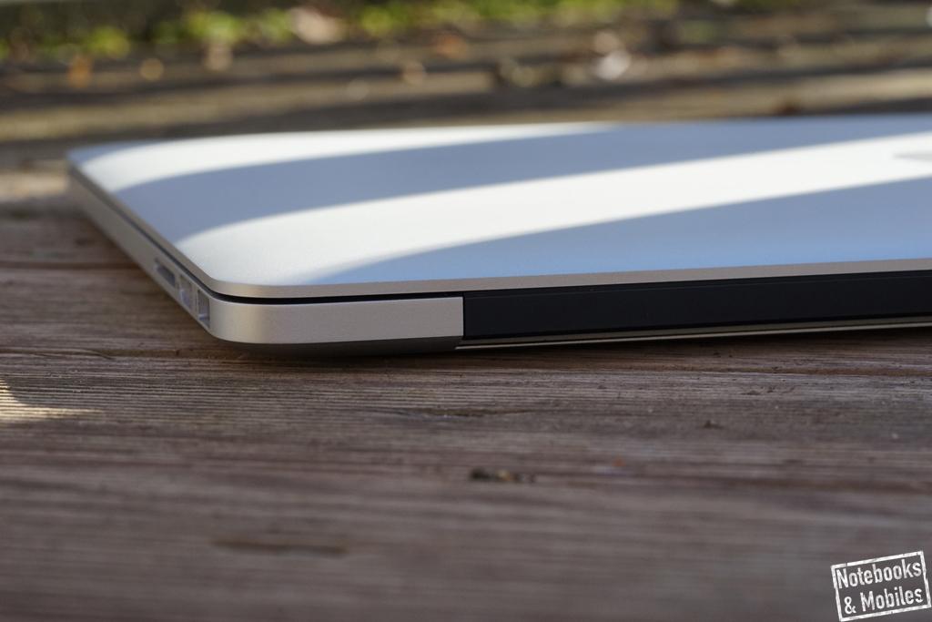"""Apple 15"""" MacBook Pro Retina: Die Spaltmaße fallen sehr gleichmäßig aus."""