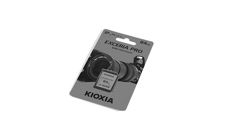 KIOXIA Exceria Pro 64 GB